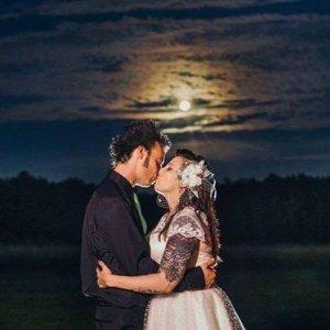 wedding moon1.jpg