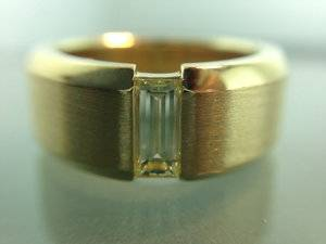 r3577-emerald-cut-mens-ring.jpg