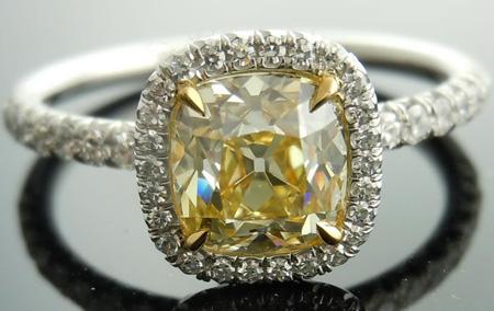 S-Z color Light Yellow Diamond Ring
