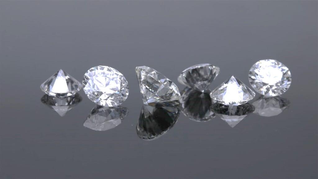 lab grown diamonds - photo of diamonds